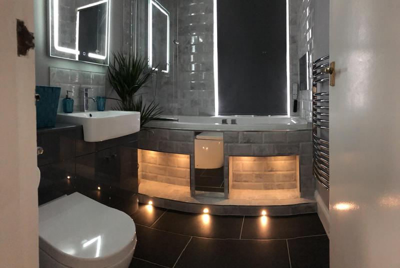 Image 21 - Luxury Bathroom