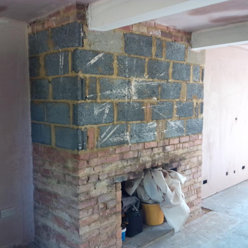 Image 19 - Old fireplace (before)