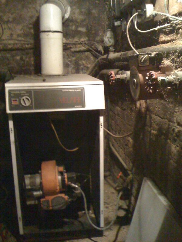 Image 1 - Old expensive oil boiler removed