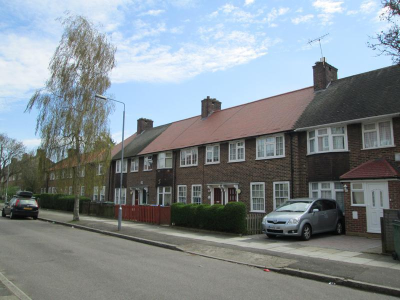 Image 11 - Prince Henry Road, Charlton - Mears Projects 2011