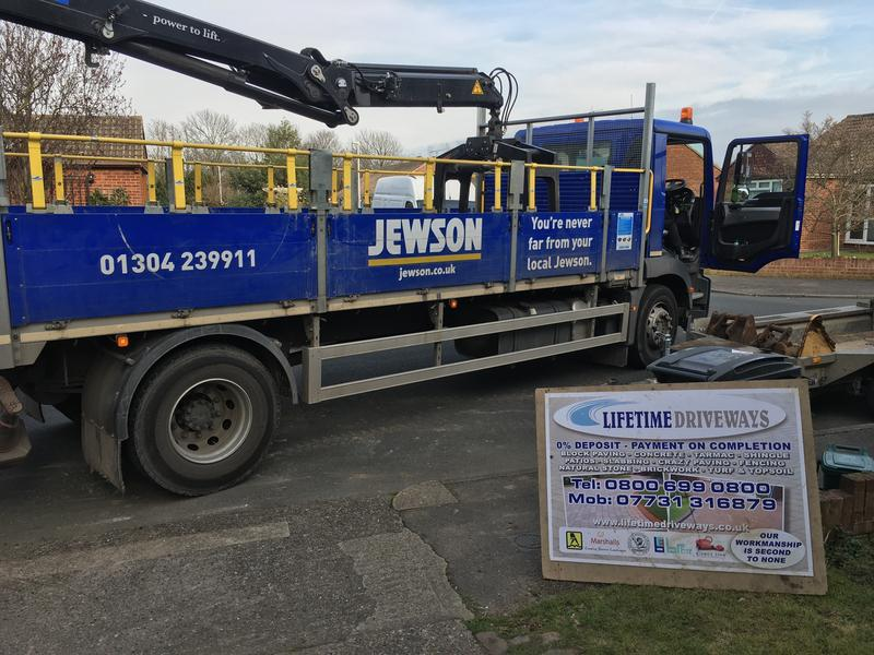 Image 120 - Jewson Delivery