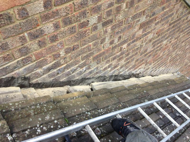 Image 24 - Renewal of lead step flashings (before)
