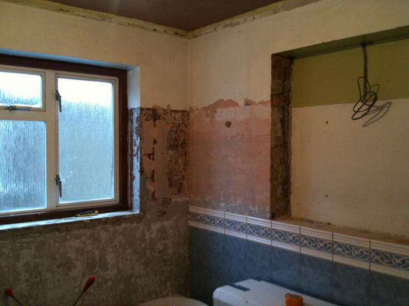 Image 35 - Ceramic Bathroom Wall Tiles