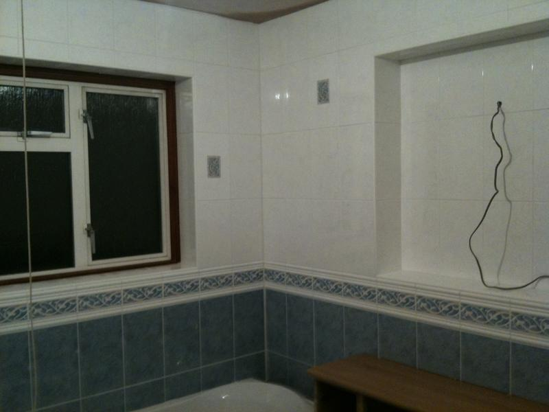 Image 36 - Ceramic Bathroom Wall Tiles