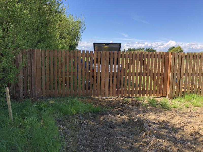 Image 9 - 6ft Paling double gates