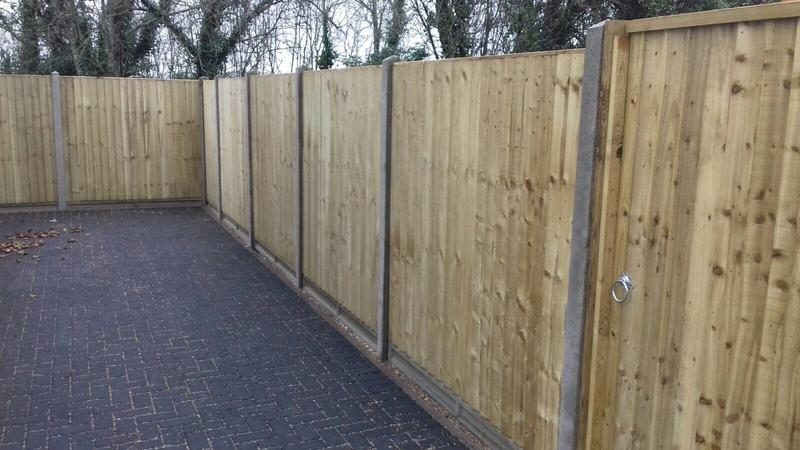 Image 164 - Closeboard panel fencing on concrete posts and concrete gravel boards,