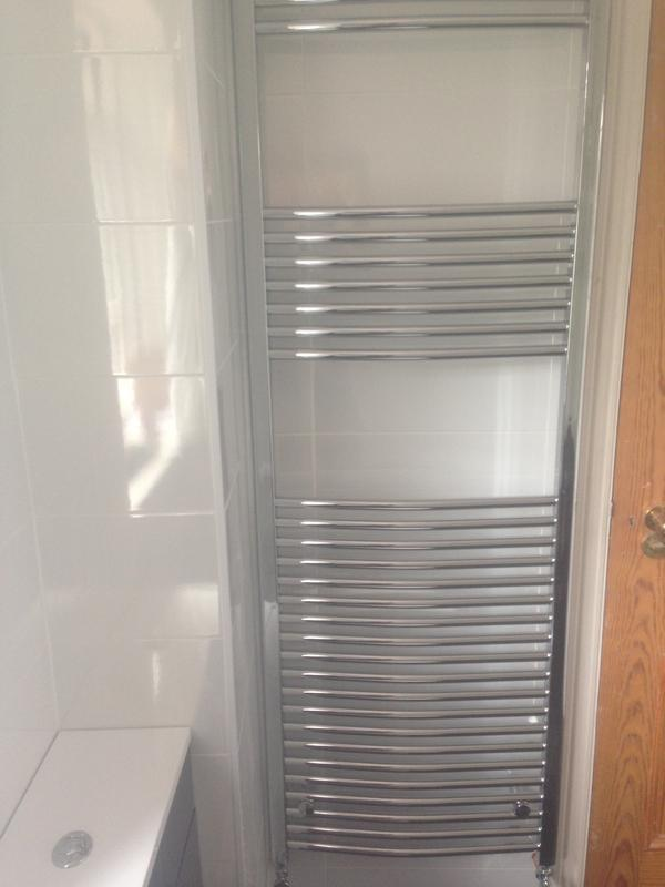 Image 9 - Full height towel rail