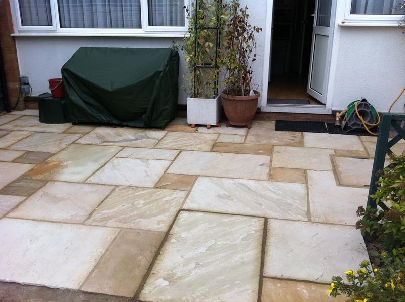 Image 5 - indian sandstone patio , mint fossil.
