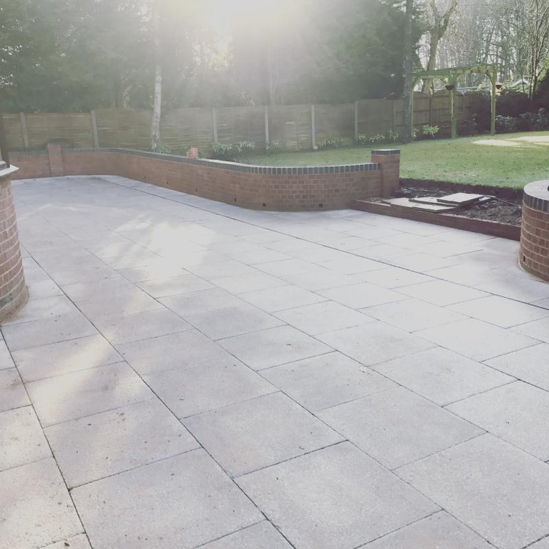 Image 58 - Grey textured patio