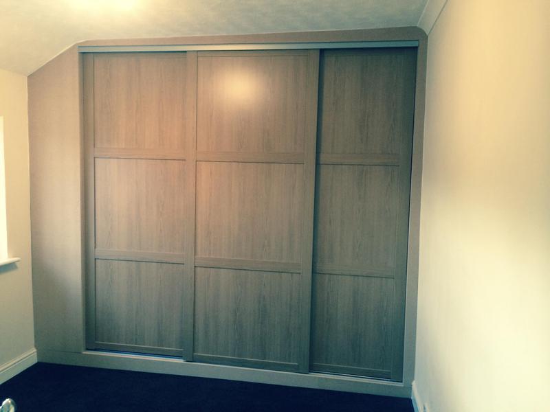 Image 1 - Oak sliding door wardrobes