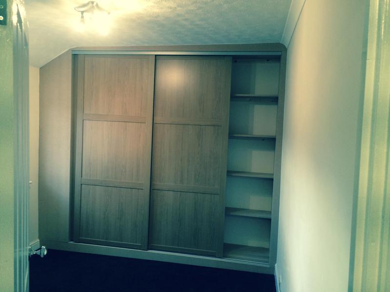 Image 2 - Oak sliding door wardrobes