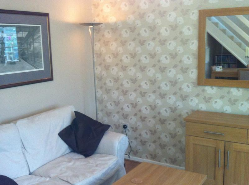 Image 11 - Wall papering & plastering