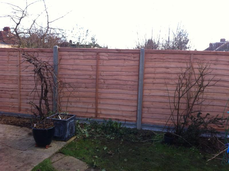 Image 1 - larch-lap panel fencing