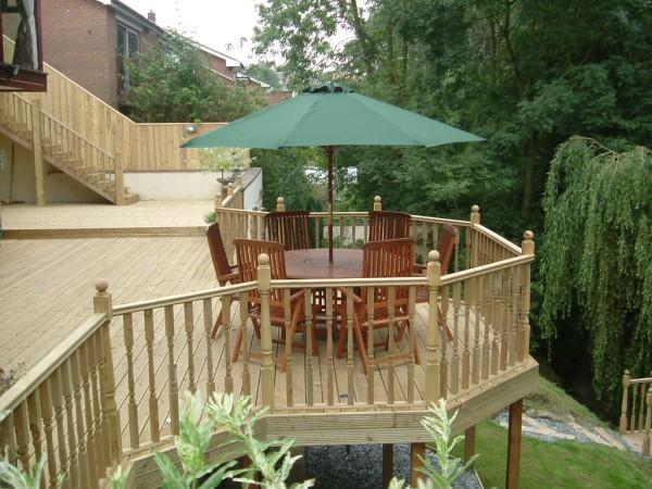 Image 7 - Elevated softwood decking