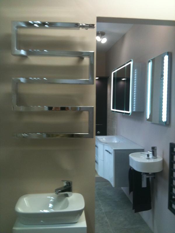 Image 2 - Plastered Showroom