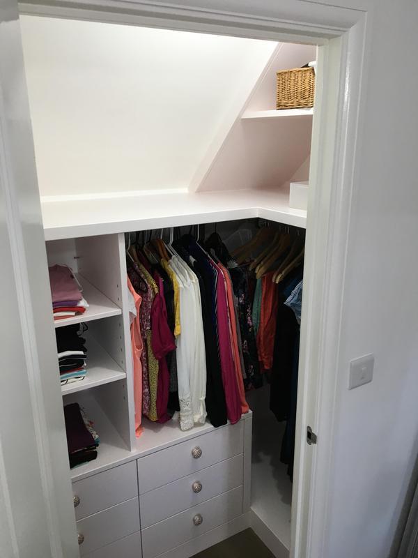 Image 6 - Walk in wardrobe and drawer units