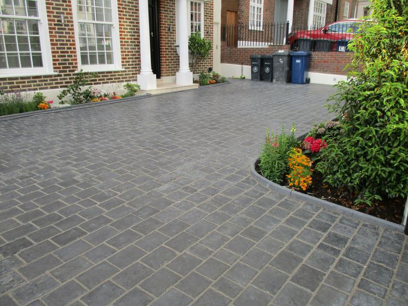 Image 12 - Marshall concrete setts and boarders front driveway.