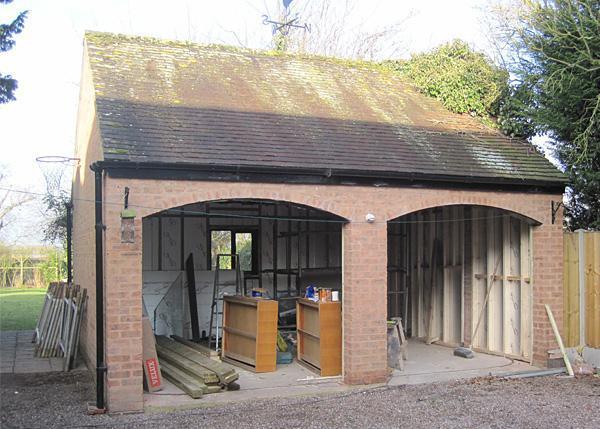Image 2 - Garage converted into a studio