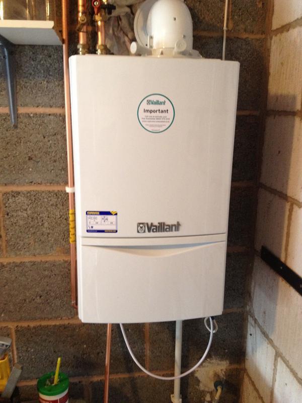 Image 16 - vaillant eco tec plus 418 (heat only boiler )