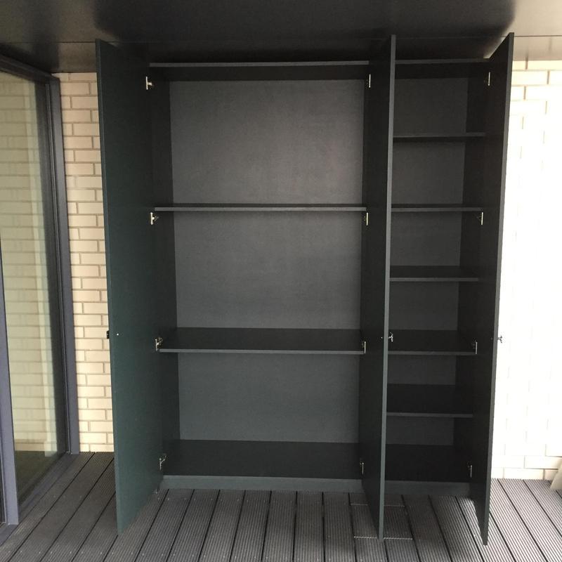 Image 13 - Cupboard inside