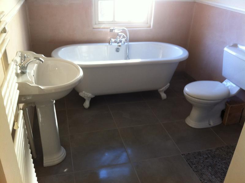 Image 11 - Wet room. Classic Style