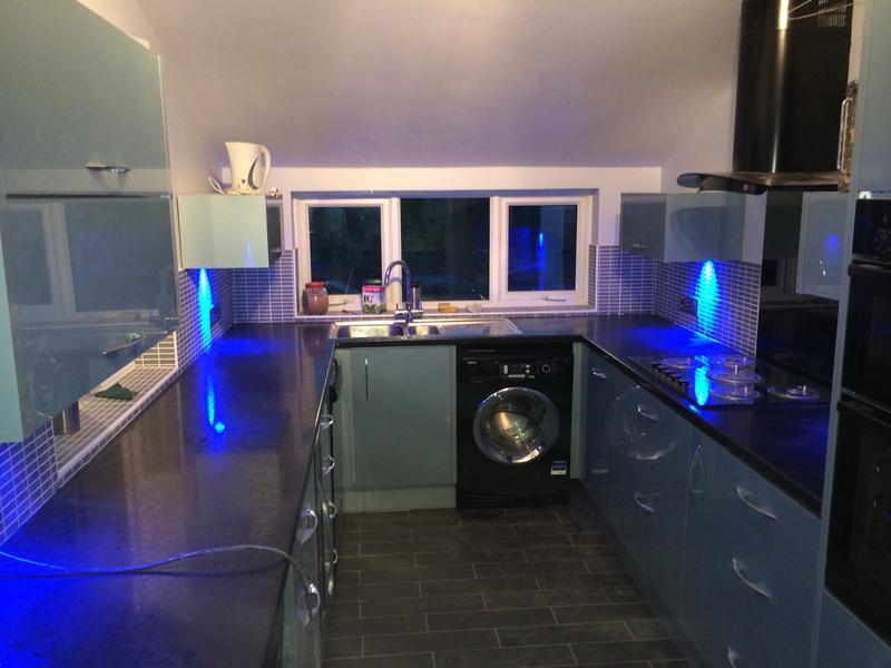 Image 31 - Norbury court kitchen