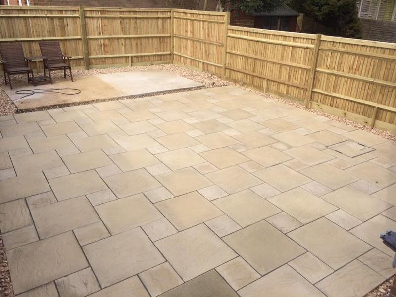 Image 15 - Fencing, shed base, paving with grey pointing