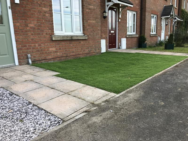 Image 19 - Artificial Lawn