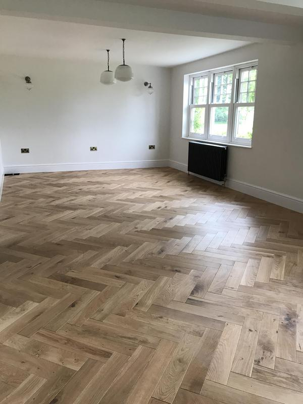 Image 4 - Fantastic solid wood Parquet flooring in this period property.
