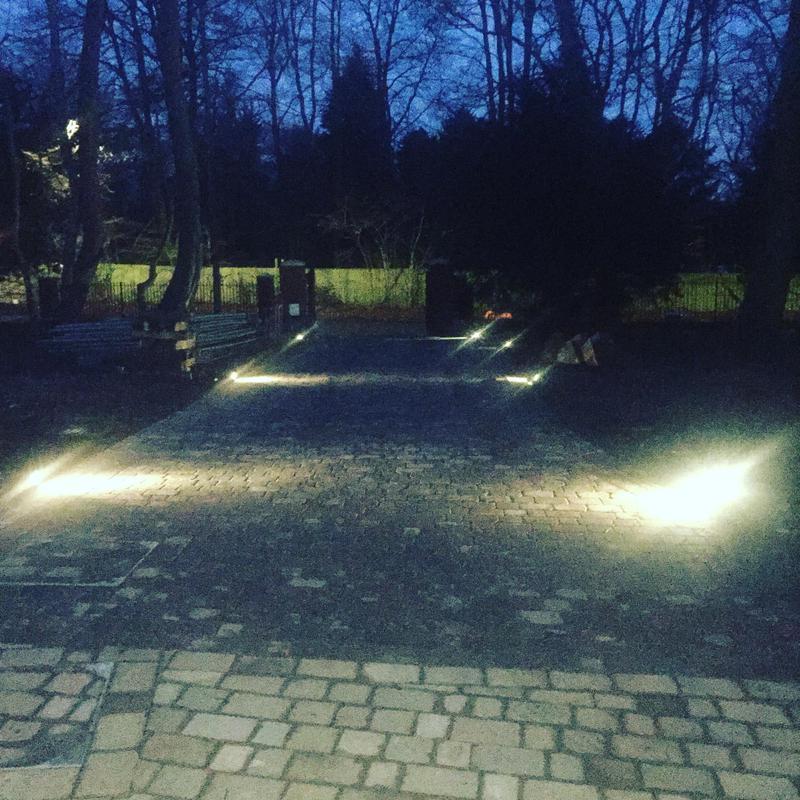 Image 3 - Driveway lights