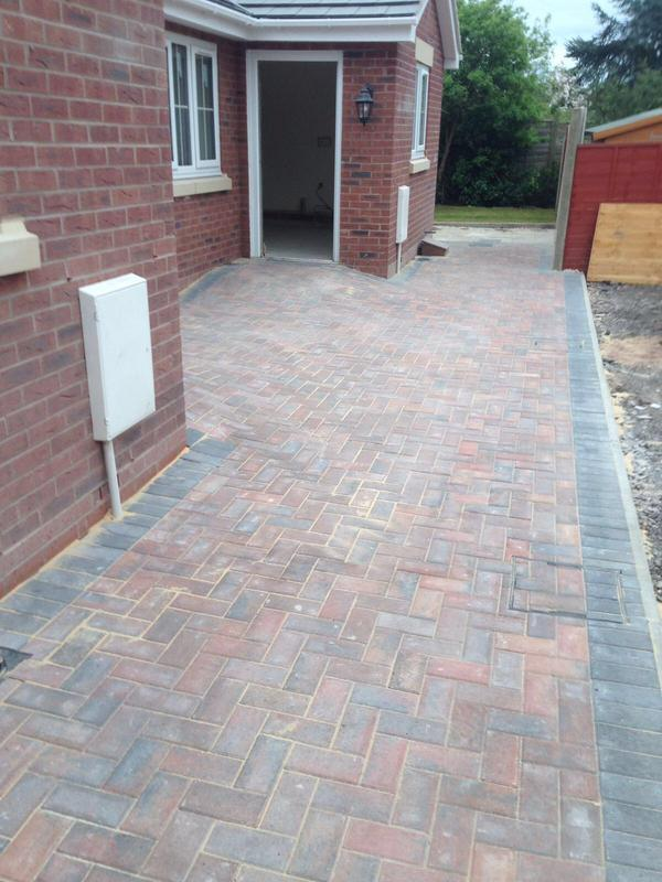 Image 23 - Block paving patio area