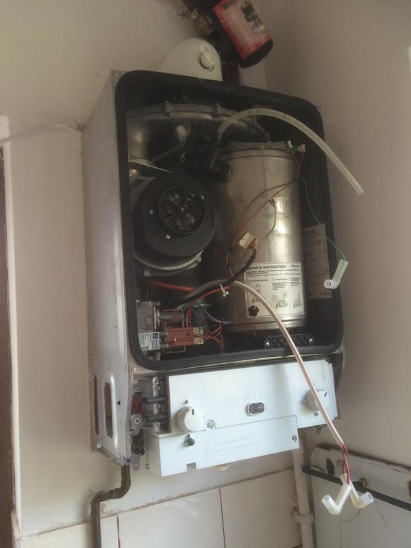 Image 46 - Worcester Bosch Boiler service Hornchurch.