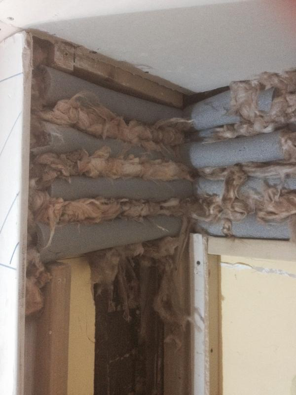 Image 98 - Insulation in-between pipes extreme