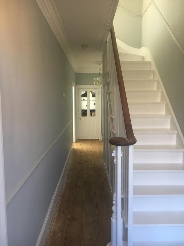 Image 47 - From bare wood on the staircase to a beautiful Satinwood finish - Dulux Trade.