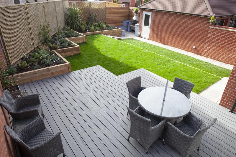 Image 12 - Contemporary Garden with Composite Decking