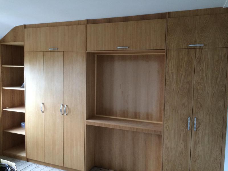 Image 5 - Veneered crown oak wardrobes, finished with a varnish