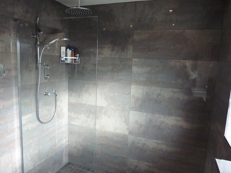 Image 44 - Porcelanosa 100cm x 33cm Rectified Ceramic Tiles