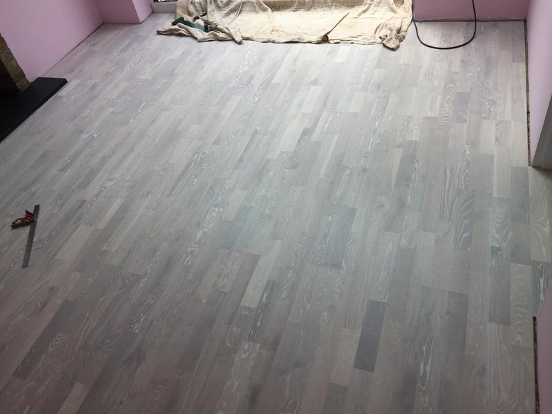 Image 95 - Wood flooring