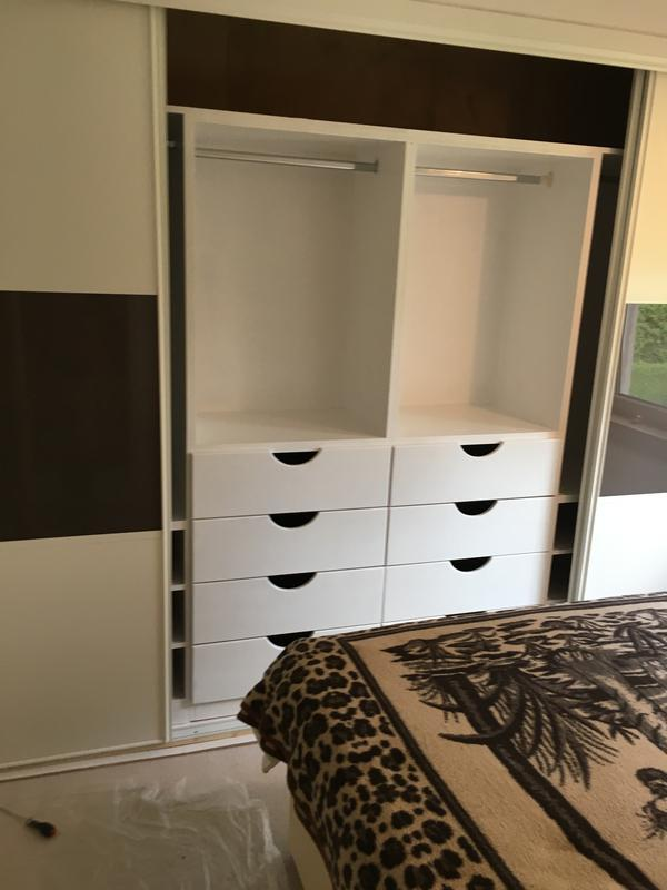 Image 30 - Fitted Wardrobe, Painted internals