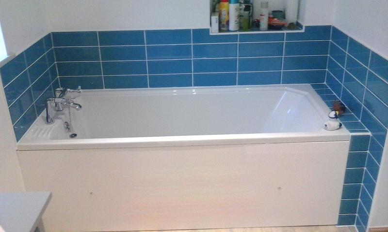 Image 7 - This was the bath with bold turquoise - works well I think!