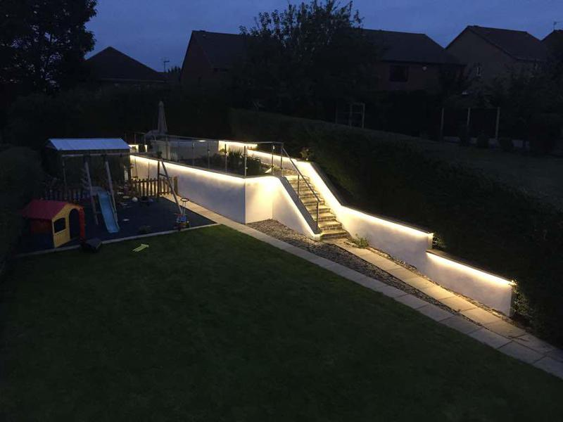 Image 4 - LED garden lighting