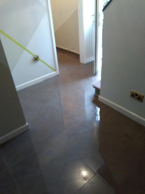 Image 27 - 600x600 porcelain hallway floor
