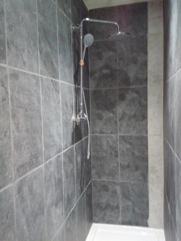Image 4 - New en-suite shower room