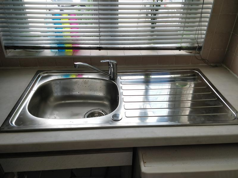 Image 46 - New sink