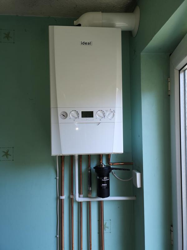 Image 20 - New combi boiler installed, with wireless Room Stat