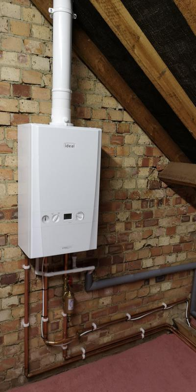 Image 13 - Ideal Logic Max System S30 boiler installed equipped with magnetic filter. System powerflushed prior to new installation. 10 year parts and labour warranty for new boiler.