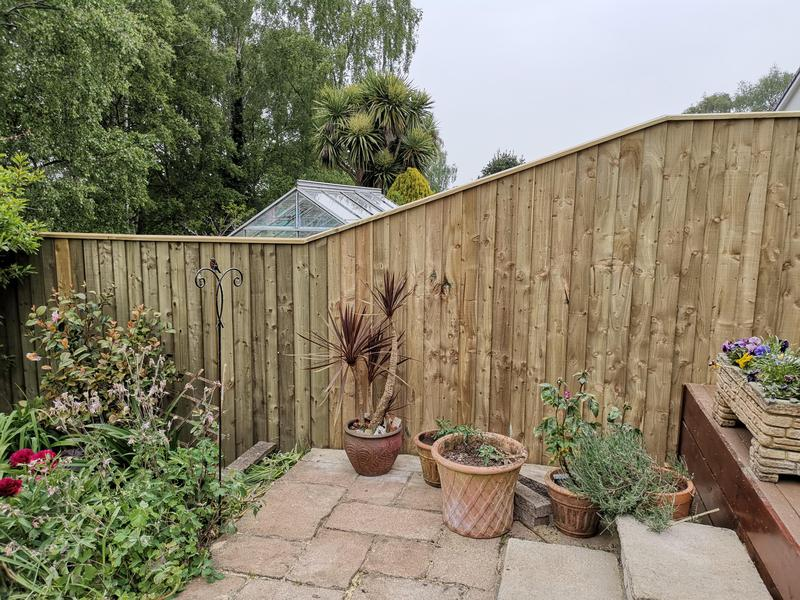 Image 9 - Fence and decking