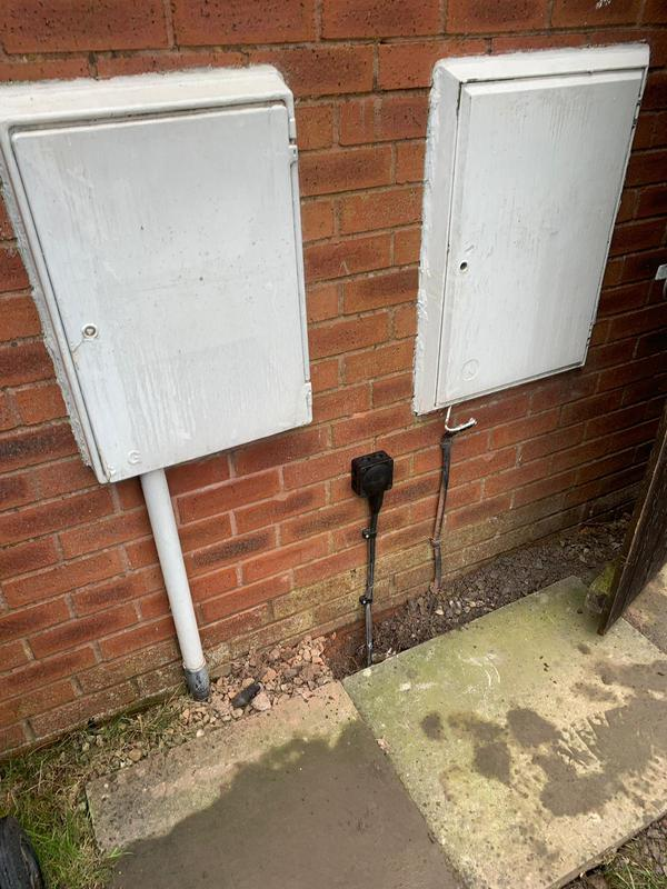 Image 5 - Garden shed power install L36 *2
