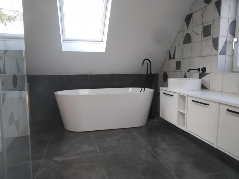 Image 5 - Main bathroom out of five we installed in Stansted
