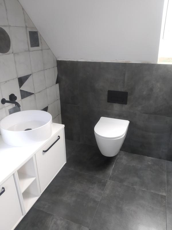 Image 4 - Main bathroom out of five we installed in Stansted
